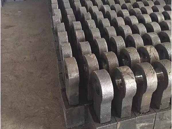 What is the precision requirement for iron castings?